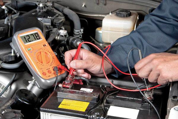 Kiểm tra, bảo dưỡng ắc quy ô tô
