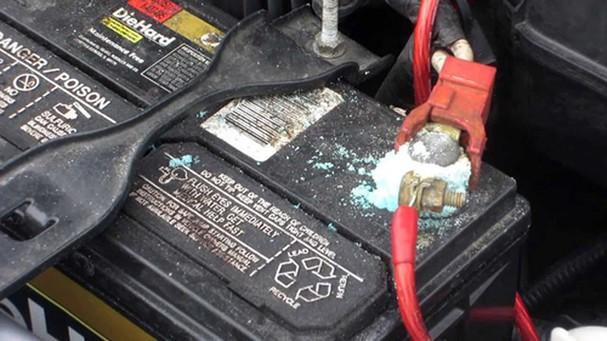 Các dấu hiệu xe ôt ô hỏng ắc quy và cách khắc phục hiệu quả