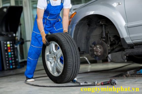 Lốp ô tô cho xe Hyundai Santafe 2.2 diesel