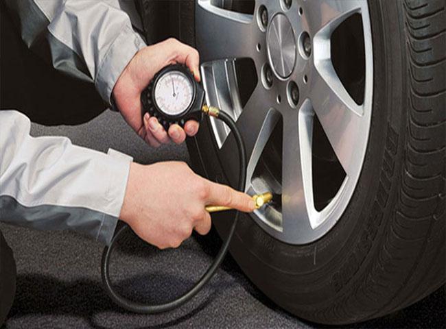 [TRẢ LỜI] Lốp xe ô tô bơm bao nhiêu cân là đủ?
