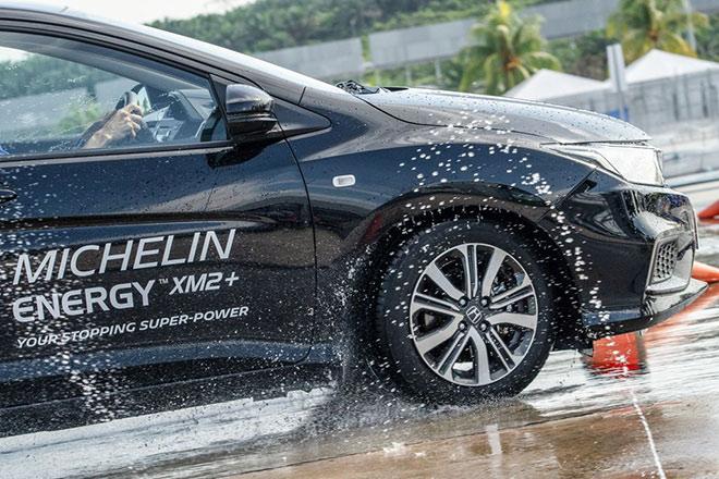 Đánh giá lốp oto Michelin dòng du lịch trên địa hình Việt Nam