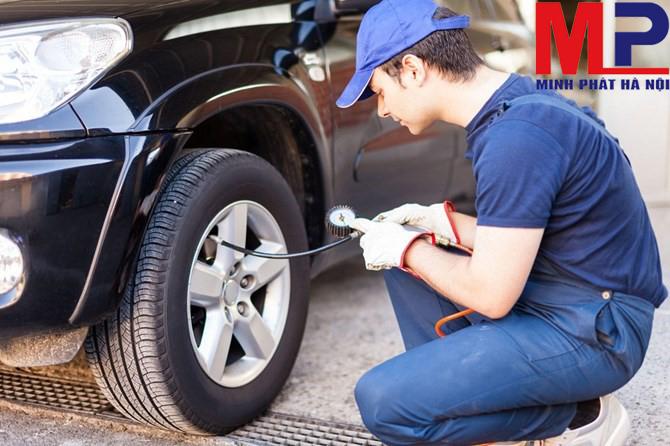 Mốc an toàn để bảo dưỡng lốp xe là 5 năm kể từ ngày sản xuất