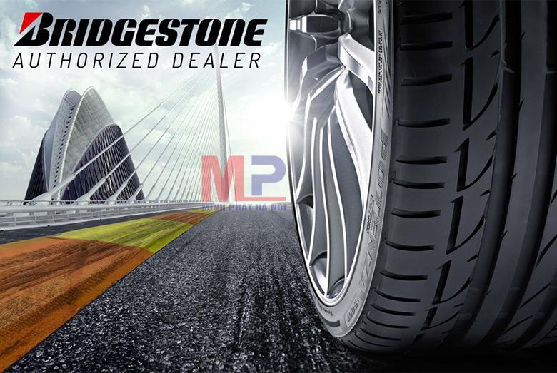 So sánh giá lốp ô tô Bridgestone với lốp xe ô tô Kumho