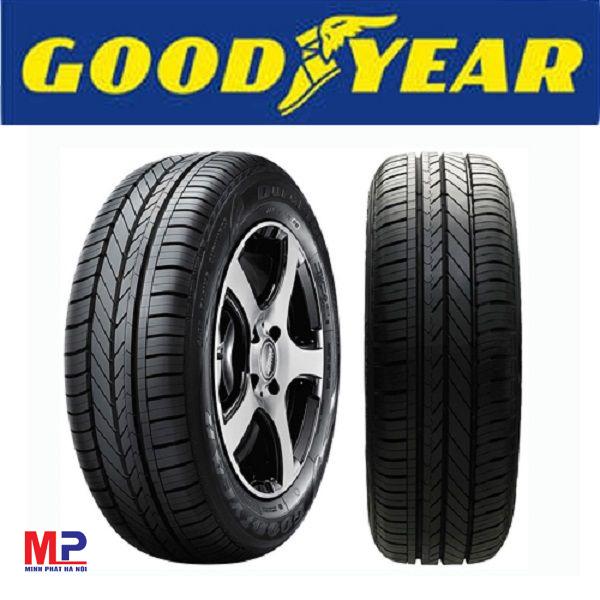 Kiểm tra thật kỹ bên ngoài của lốp có tăm nhọn không